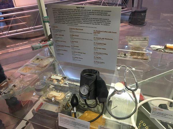 宇宙食の展示