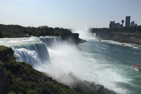 滝といえばナイアガラ!カナダとの国境にあるナイアガラの滝の話①